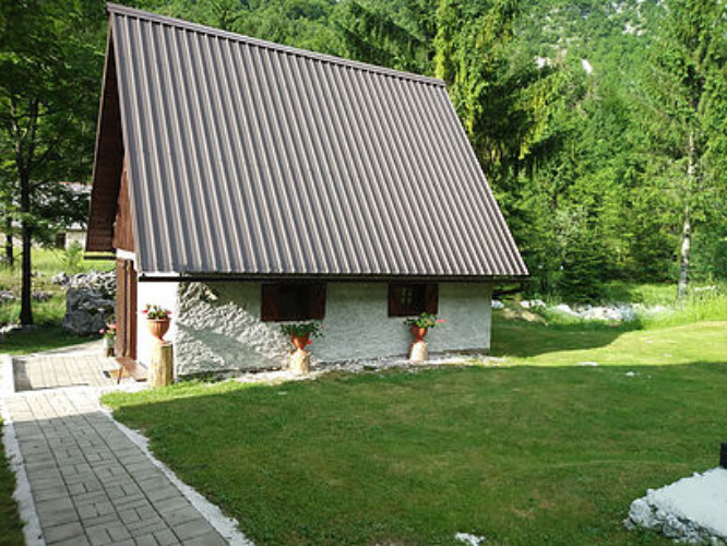 cottage_lepena.jpg