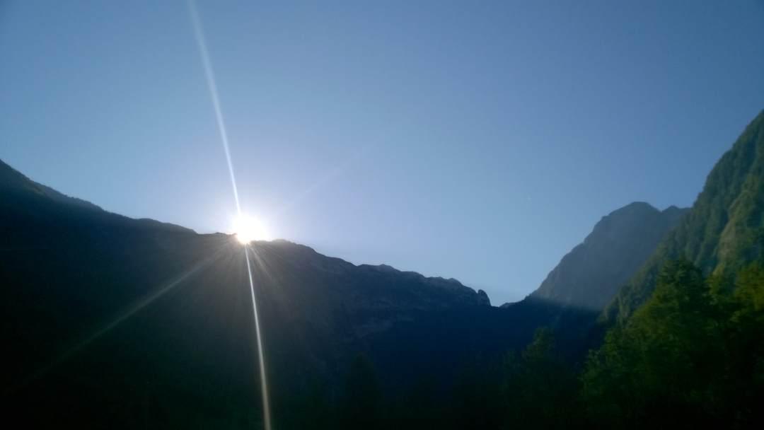 Soncni_vzhod.jpg