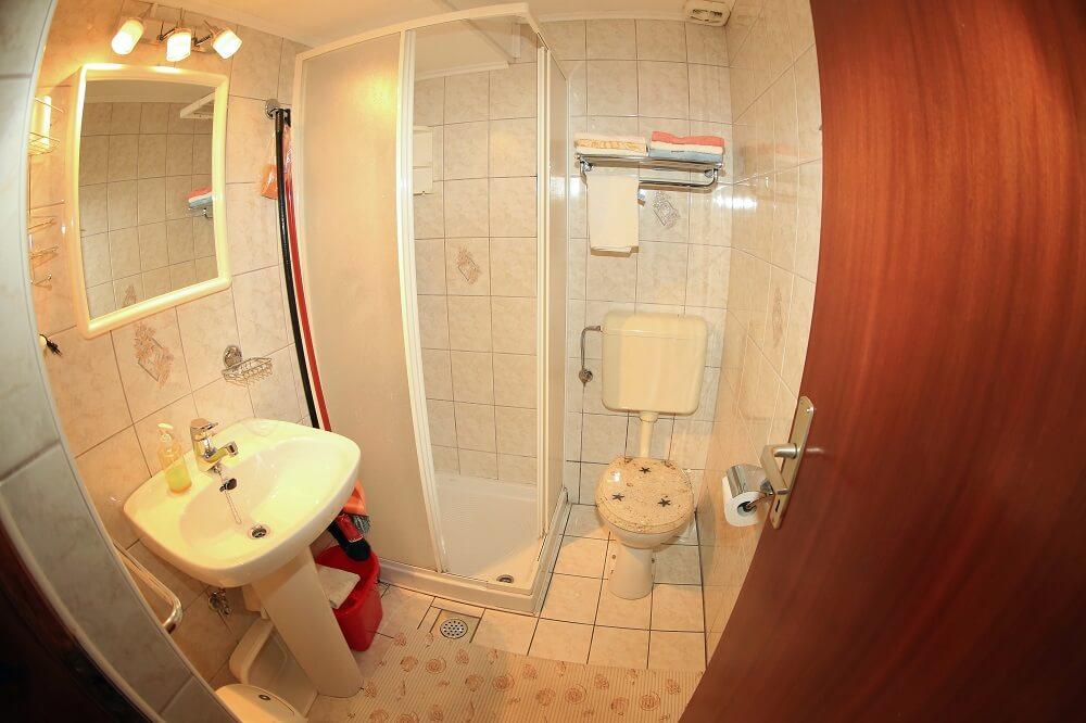 kopalnica 2 osebi
